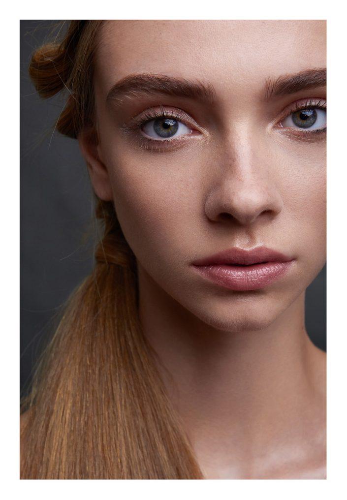 girl portrait in studio